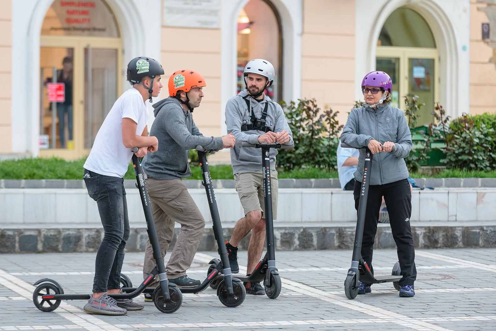 Exploreaza Brasovul si imprejurimile sale cu trotineta electrica, impreuna cu echipa Bikexplore