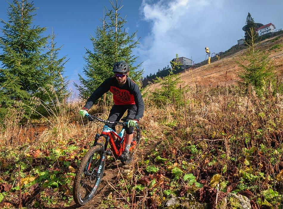 Exploreaza pe bicicleta traselee din Brasov si imprejurimi impreuna cu echipa Bikexplore